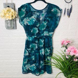 🌸5/$25🌸 NWOT Floral Dress
